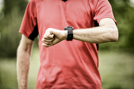 runner-with-smartwatch