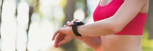 fitbit charge 2 vs samsung gear fit 2